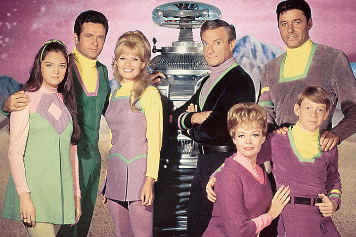 Lost in Space reboots in 2018