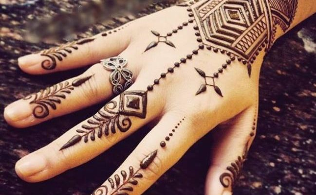 Karva Chauth Mehndi Design for Girls