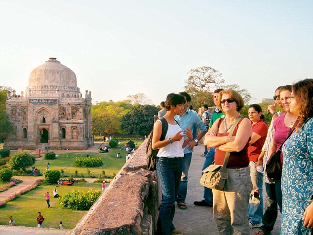 11 Places to visit in India in your 20s for rejuvenating & enriching experience