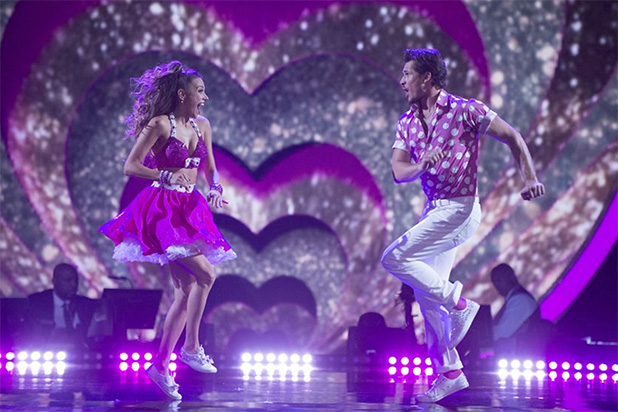 Gold medalist Laurie Hernandez wins 'Dancing with the Stars'