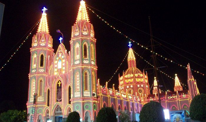 Here S All About The Christmas Celebration In India Lights Food And