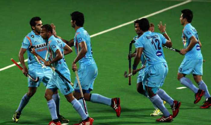 India oust Australia, storm into the final