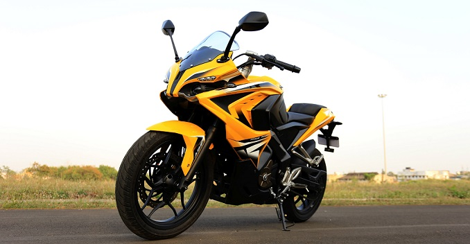 Bajaj Pulsar RS 200 Finally Launched in India; Price to Start from Rs 1.47 Lakh Onwards