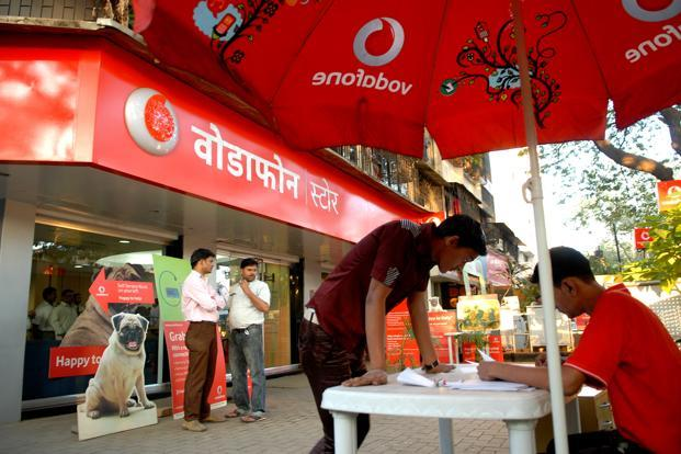 Vodafone New Data Plans: Vodafone Comes Forth with Four-time Data Plans in Competition with Jio and Airtel
