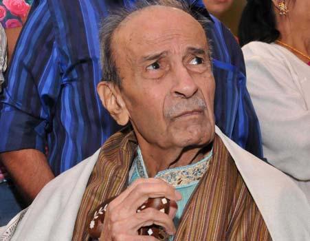 Eminent writer Taarak Mehta passes away at 87, Amit shah, Paresh Rawal and Kejriwal pays tribute