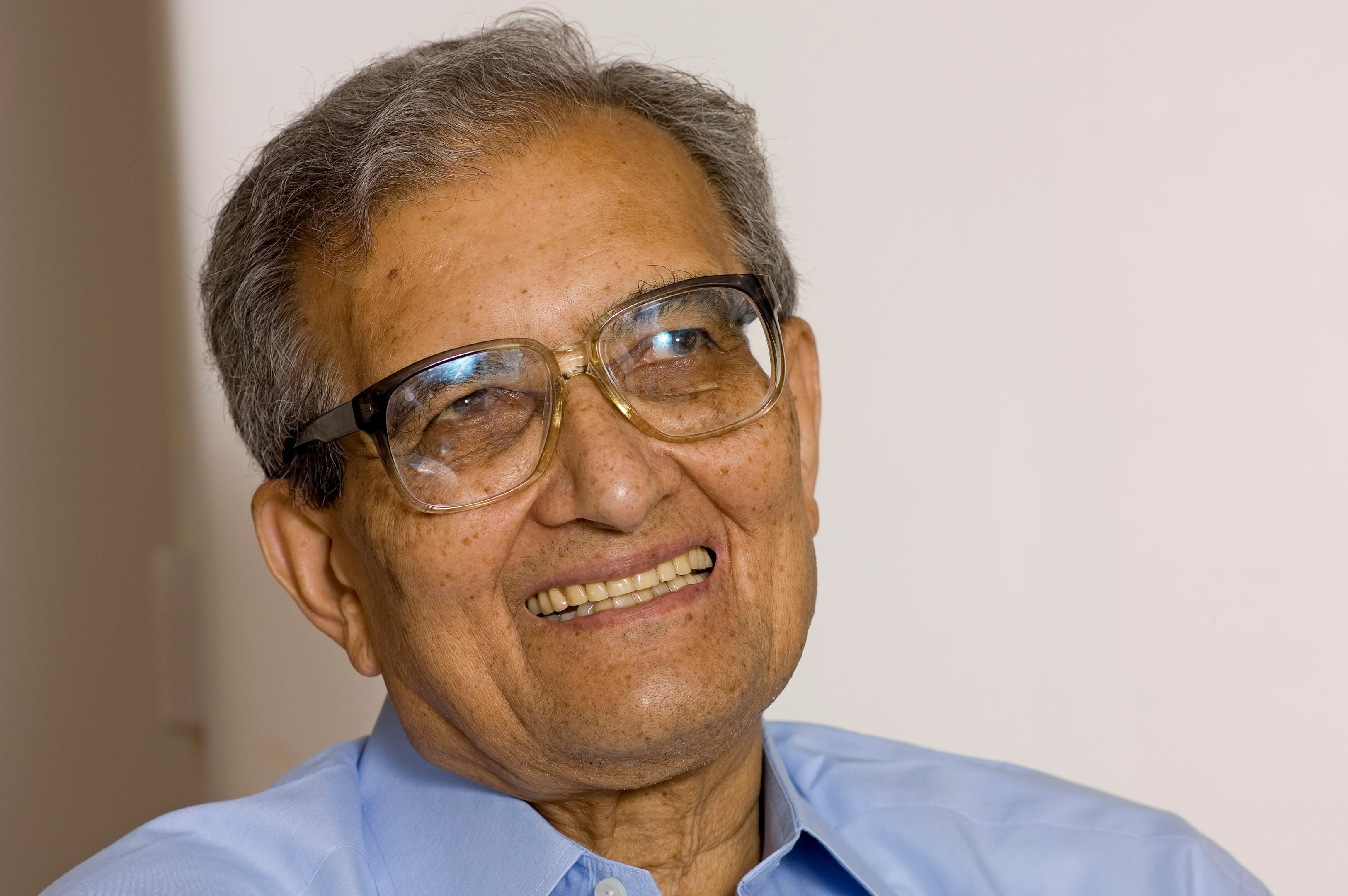 UP elections 2017: PM Modi takes a dig at economist Amartya Sen