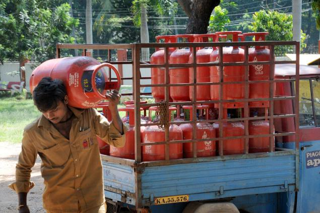 Non Subsidised Cylinder: Pay Rs 86 more for LPG Cylinder from now
