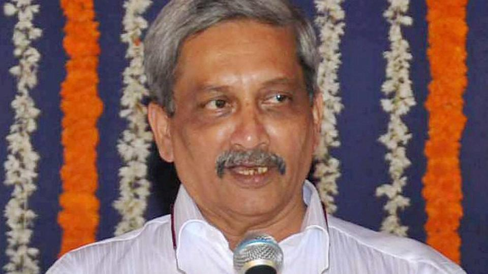 Goa Government: Parrikar wins floor test with 22 MLAs' votes